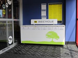 17_recycle-kiosk